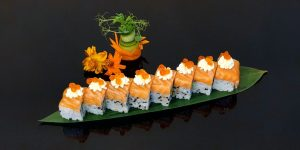 Uramaki Special Salmon
